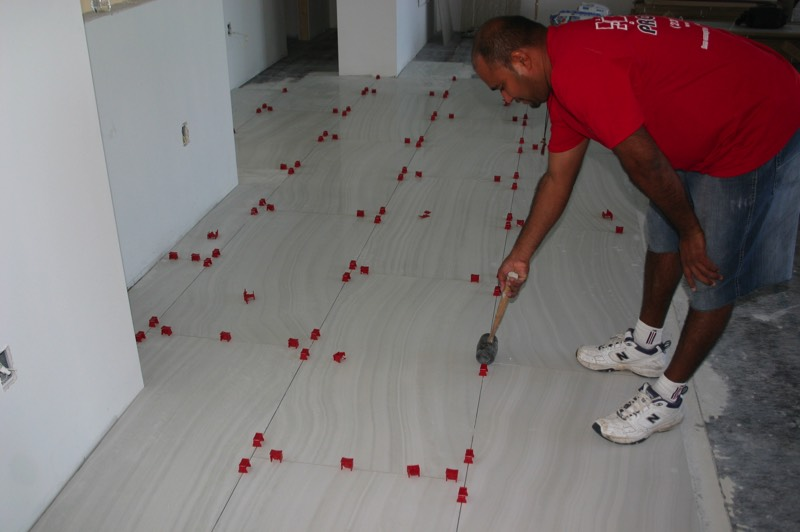 Tuscan SeamClip, Tuscan Seam Clip, Tuscan Leveling System, commercial installation, large format ceramic tile removal